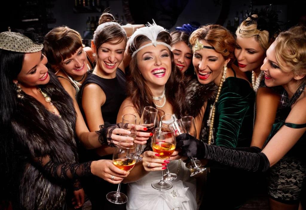 Одежда на коктейльную вечеринку. PartyToday.ru