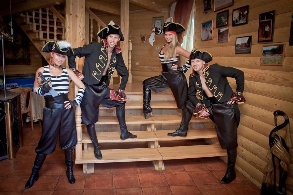 Костюмы для пиратской вечеринки от PartyToday.ru